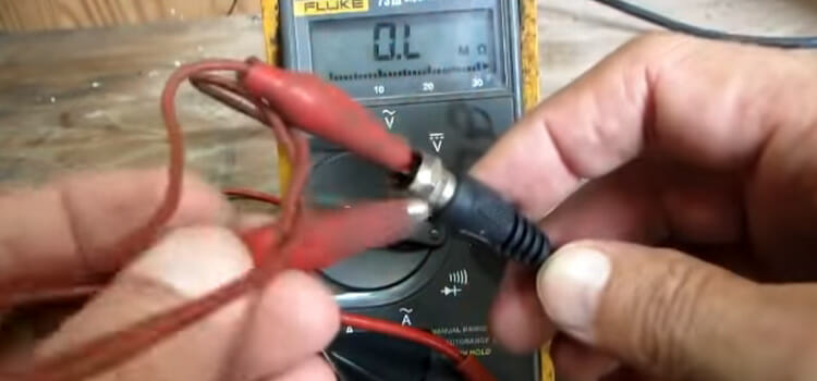 Checking Cable Signal Strength Using Multimeter