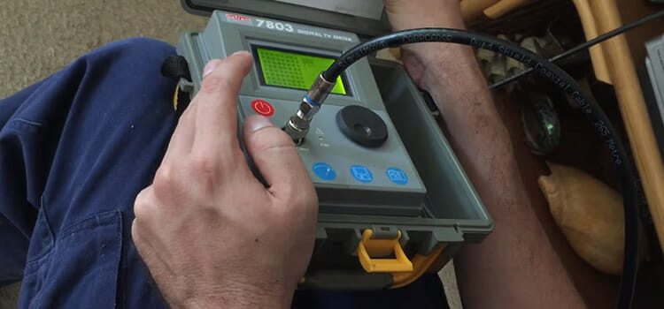Checking Signal Strength of Cable using Digital Meter